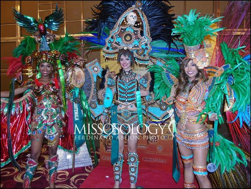 Cận cảnh bộ trang phục truyền thống thắng giải tại Miss Earth - ảnh 7