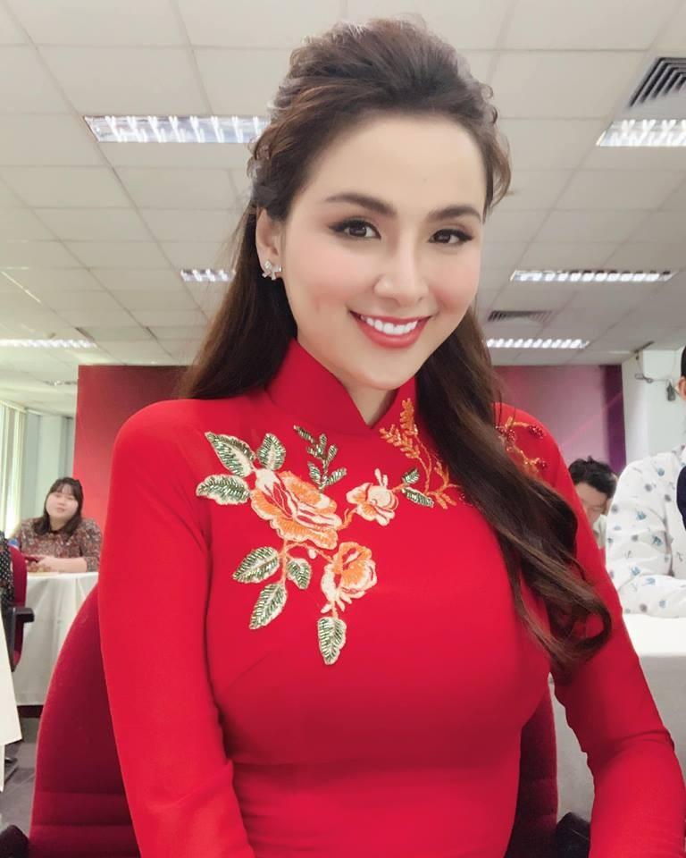 Hoa hậu Diễm Hương nhớ cha trong Ngày của Phở - ảnh 2