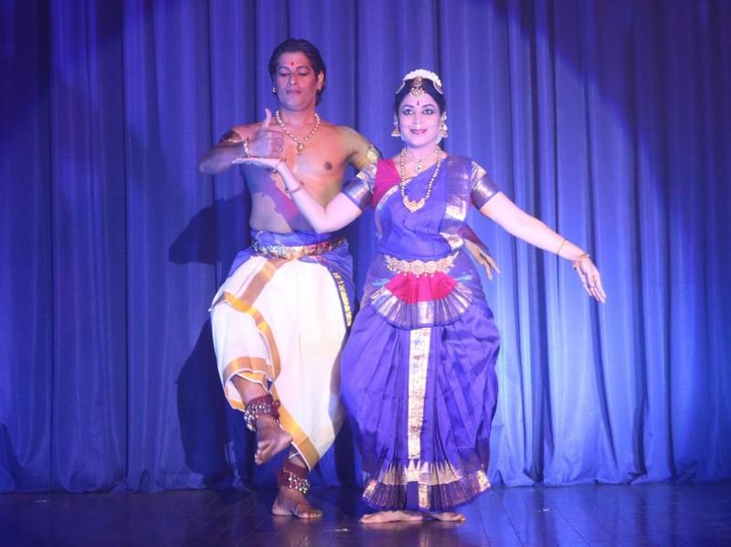 Mãn nhãn với múa truyền thống Ấn Độ  - ảnh 3