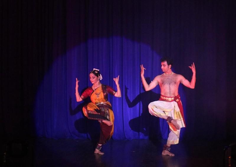 Mãn nhãn với múa truyền thống Ấn Độ  - ảnh 4