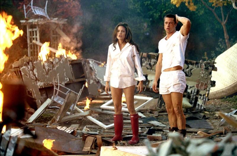 Cặp đôi Brangelina bên nhau sau khi cùng tham gia bộ phim Mr & Mrs Smith.