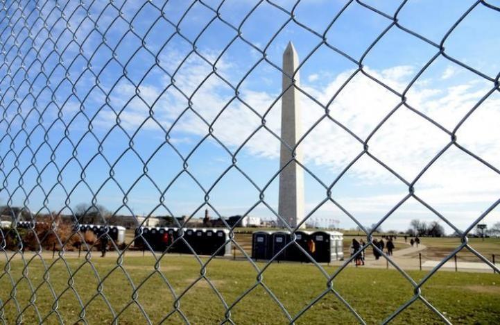 Hàng rào phong tỏa người biểu tình ở Washington được chuẩn bị từ ngày 15-1. Ảnh: REUTERS