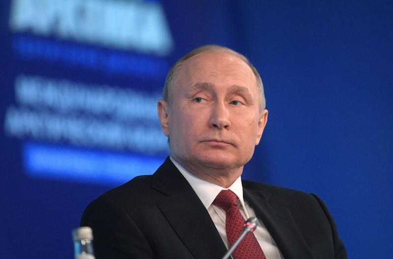 """Tổng thống Nga Putin tại diễn đàn quốc tế """"Bắc cực: Lãnh thổ của đối thoại""""  tại TP Arkhangelsk (Nga) ngày 30-3. Ảnh: EPA"""