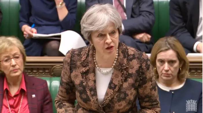 Thủ tướng Anh Theresa May cáo buộc Nga chịu trách nhiệm cho vụ đầu độc cựu điệp viên Sergei Skripal trước Hạ viện Anh ngày 12-3. Ảnh: REUTERS