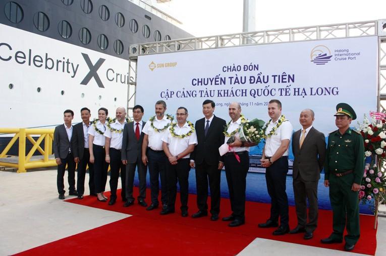 3.000 khách quốc tế đi tàu 5 sao tham quan vịnh Hạ Long - ảnh 2