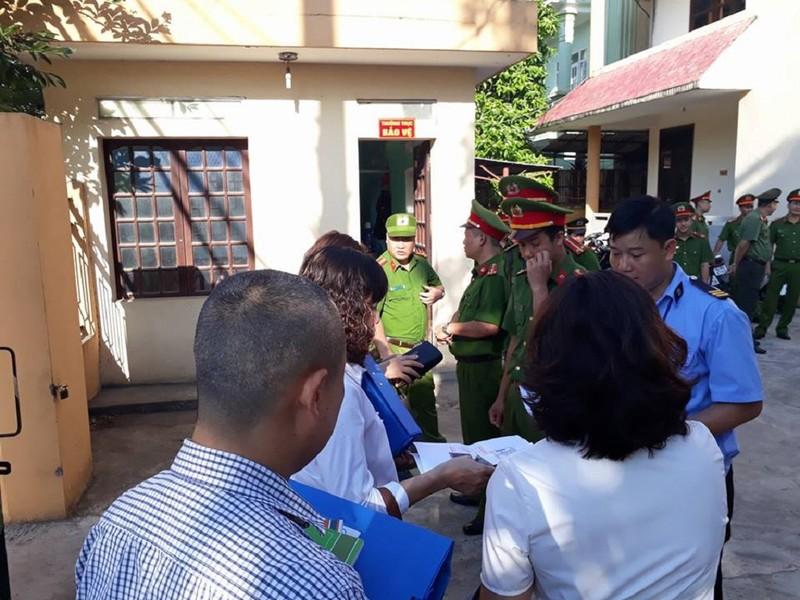 Siết chặt an ninh tại phiên xử bác sĩ Hoàng Công Lương - ảnh 2