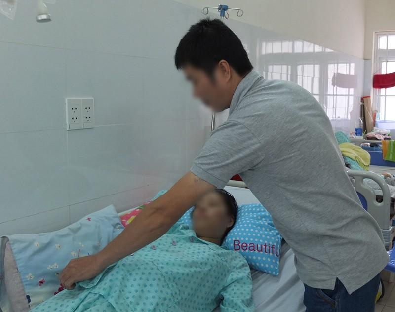 Phẫu thuật robot cứu thai phụ song sinh  - ảnh 2