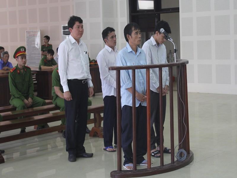Dời thời gian xét xử vụ chìm tàu Thảo Vân trên sông Hàn - ảnh 1