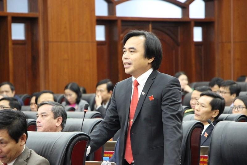 Đại biểu Đà Nẵng tranh luận về phí giữ xe bệnh viện  - ảnh 2
