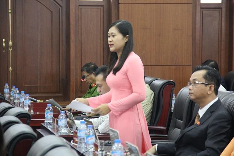 Những nữ đại biểu làm nóng nghị trường Đà Nẵng - ảnh 5