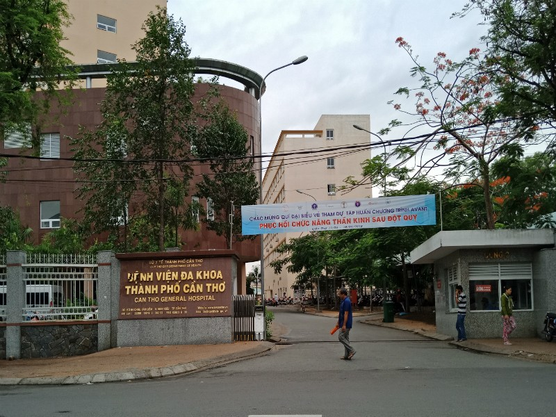 Ba nhân viên y tế có biểu hiện lây nhiễm cúm A/H1N1 - ảnh 1