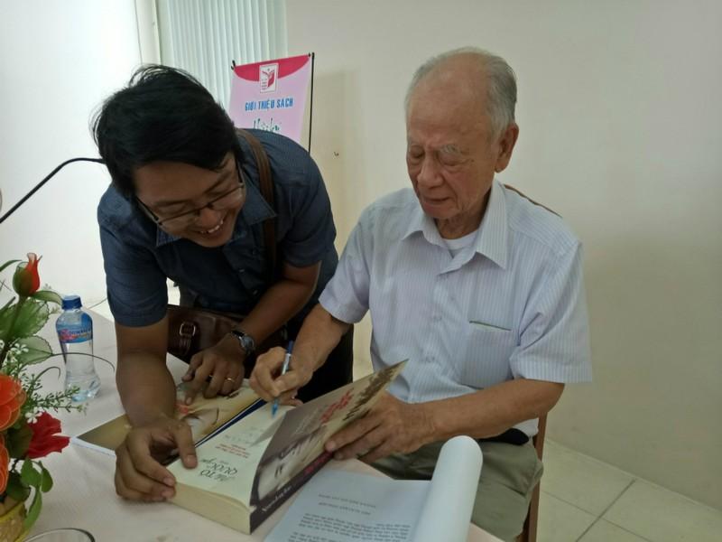 Hồi ký của cựu phó chánh văn phòng Thành ủy TP.HCM - ảnh 3