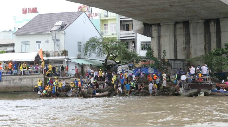 Bồng bềnh trên sông nước ngắm chợ nổi Cái Răng - ảnh 9