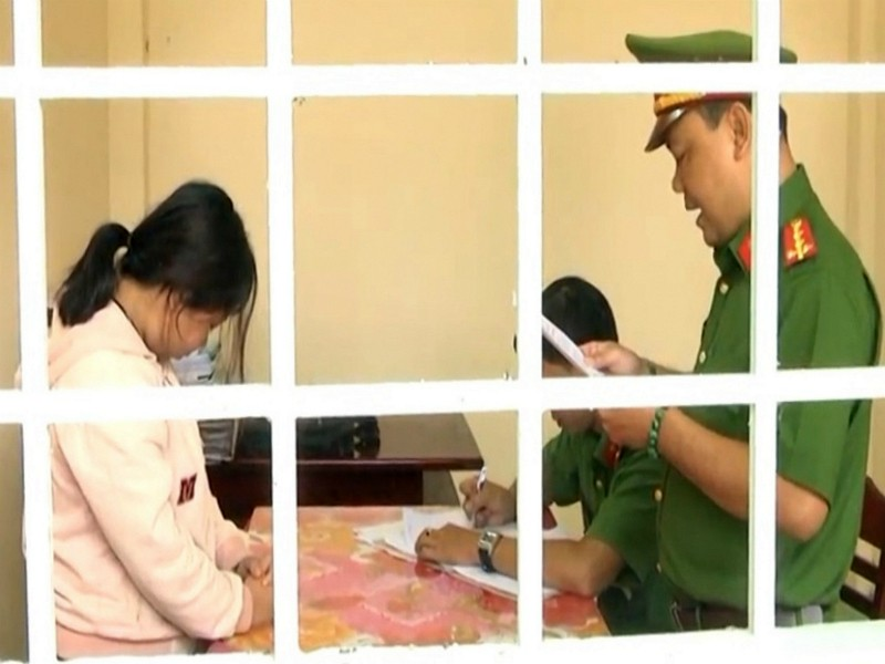 Một nữ nhân viên bưu điện tham ô 2 tỉ đồng - ảnh 1