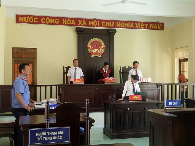 Xử vụ 'Đang làm thuê ở Kiên Giang đi cướp ở Hậu Giang' - ảnh 2