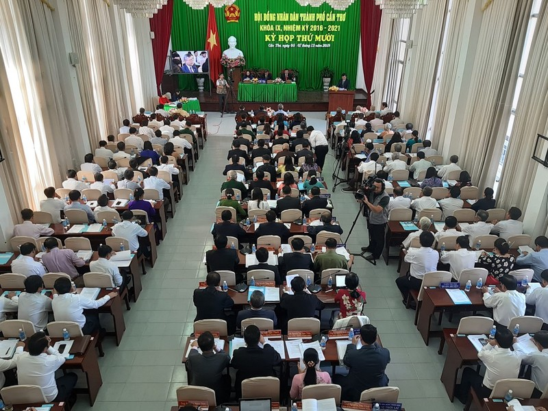Chủ tịch HĐND TP Cần Thơ có 100% phiếu tín nhiệm cao  - ảnh 3