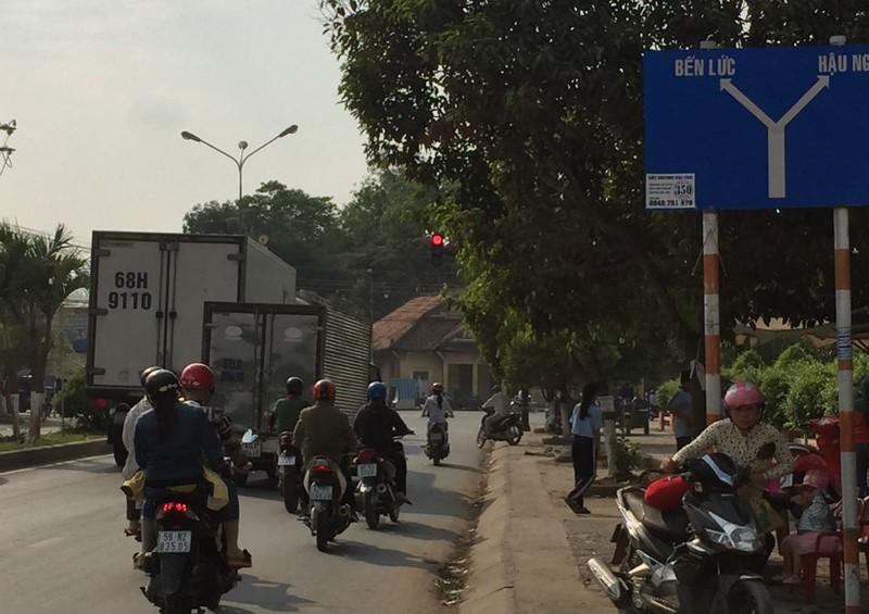 Tuyến tỉnh lộ đầu tiên ở Long An thu giá BOT - ảnh 1