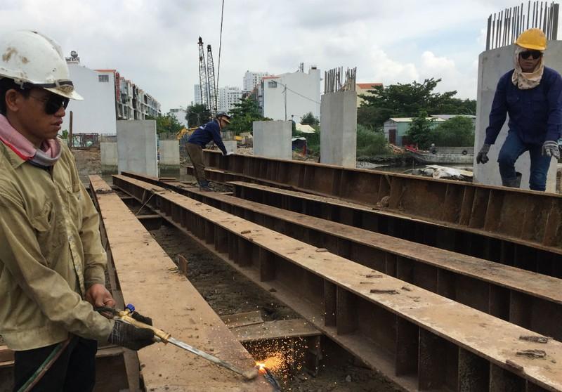 Hai phương án làm cầu Nguyễn Khoái vượt kênh Tẻ - ảnh 3