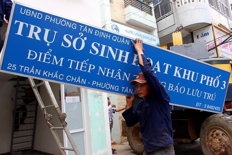 """Ông Đoàn Ngọc Hải cho """"cào"""" cả trụ sở khu phố 2 tầng - ảnh 9"""
