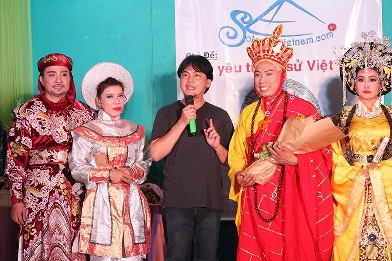 Thầy Huỳnh Thanh Phú - Hiệu trưởng trường THPT Nguyễn Du chia sẻ