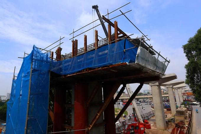 Toàn cảnh tuyến metro 36.000 tỉ đầu tiên ở Hà Nội - ảnh 9
