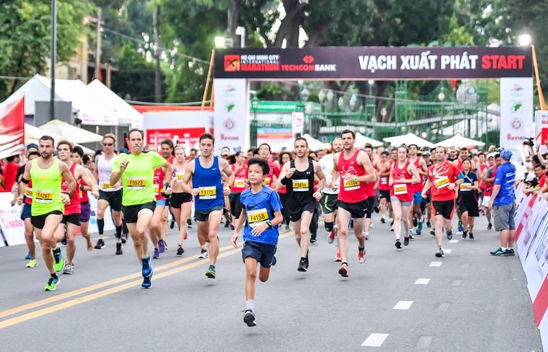 Những hình ảnh ấn tượng ở giải Marathon Quốc tế TP.HCM - ảnh 1