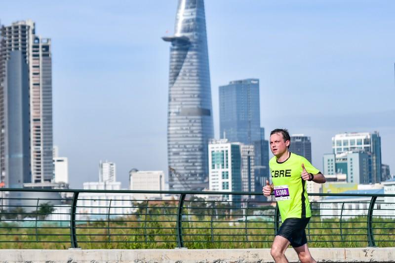 Những hình ảnh ấn tượng ở giải Marathon Quốc tế TP.HCM - ảnh 4