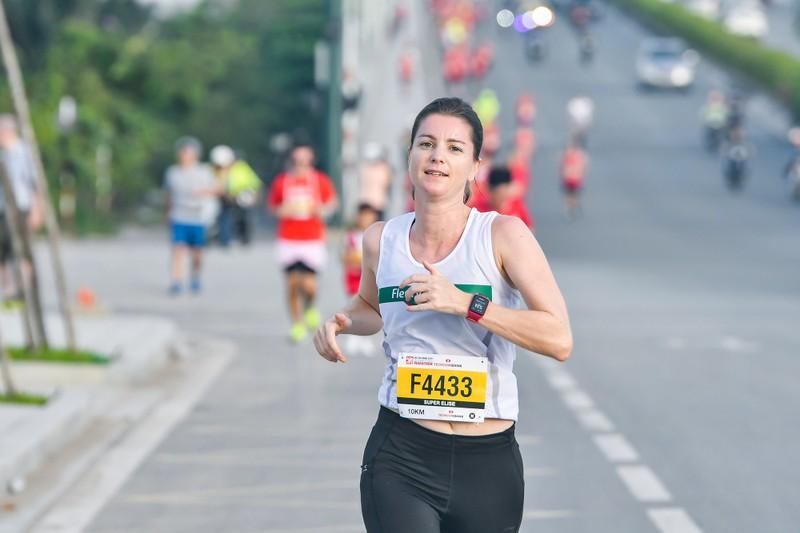 Những hình ảnh ấn tượng ở giải Marathon Quốc tế TP.HCM - ảnh 6