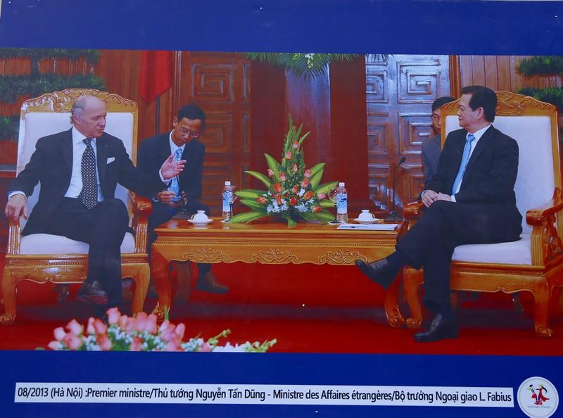 Ấn tượng 45 năm quan hệ ngoại giao Việt-Pháp qua ảnh - ảnh 11