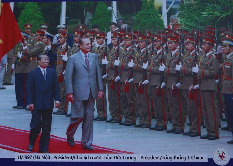 Ấn tượng 45 năm quan hệ ngoại giao Việt-Pháp qua ảnh - ảnh 3