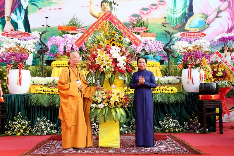 Hàng ngàn người mừng Phật đản tại Việt Nam Quốc Tự - ảnh 4