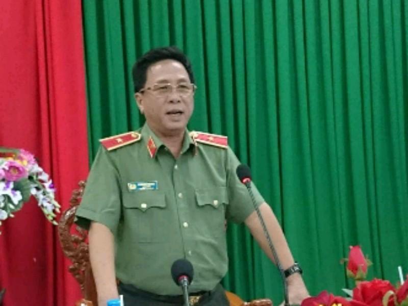 Công an tỉnh Long An họp báo vụ 'đơn xin đi tù' - ảnh 1
