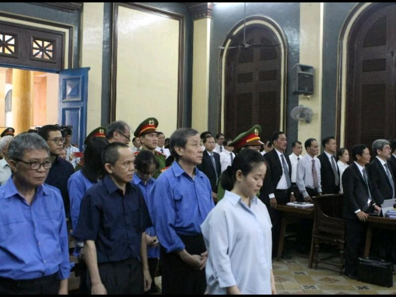 Việc thu chi khống ở ngân hàng do thư ký của bà Phấn gọi điện - ảnh 1