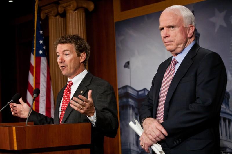 Ông McCain chỉ trích đồng nghiệp 'làm việc cho Putin' - ảnh 1