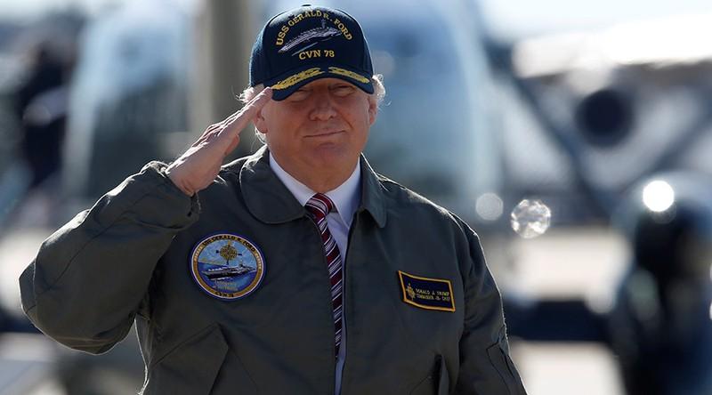 Trump: 'Mỹ không có lựa chọn ngoài tăng cường quân sự' - ảnh 1