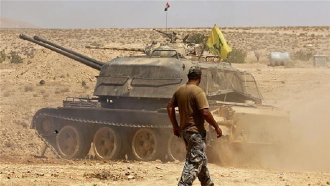 Đoàn xe IS 600 người 'phân đôi' dưới mưa bom của Mỹ - ảnh 2