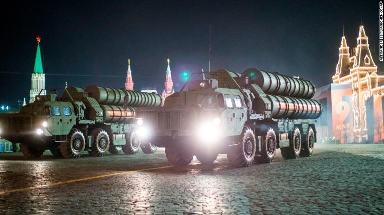 Dàn vũ khí 'khủng' Nga phô diễn trong lễ duyệt binh - ảnh 5
