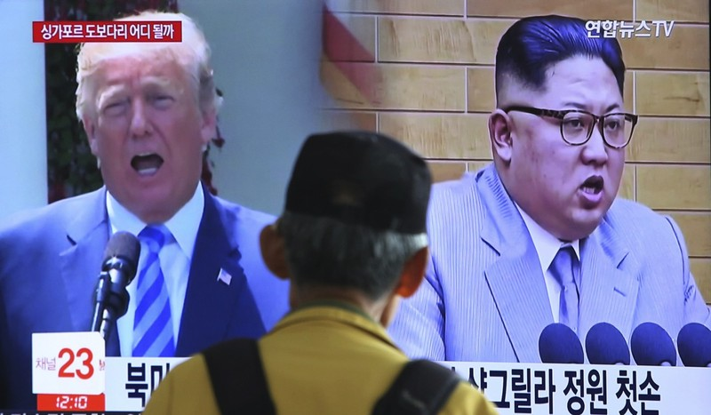 Triều Tiên ngưng đàm phán với Hàn, dọa hủy gặp ông Trump - ảnh 1