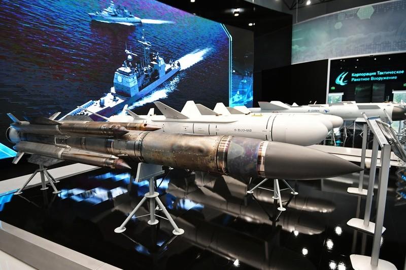 Nga hé lộ tên lửa có tầm tấn công vượt trội trang bị cho Su-57 - ảnh 1