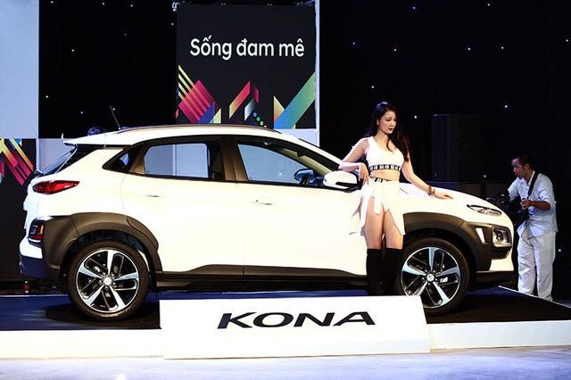 Hyundai Kona ra mắt có giá 615-725 triệu đồng - ảnh 1