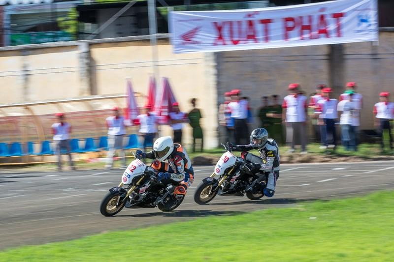 Tưng bừng giải đua xe mô tô Honda ở Tuy Hòa - ảnh 5