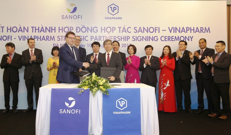 Sanofi Việt Nam và Vinapharm ký hợp tác chiến lược - ảnh 1