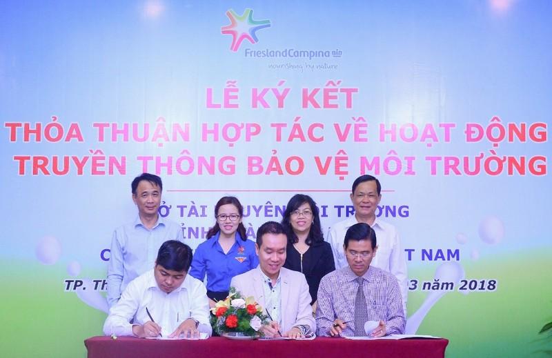 FCV ký hợp tác truyền thông môi trường với Bình Dương - ảnh 1