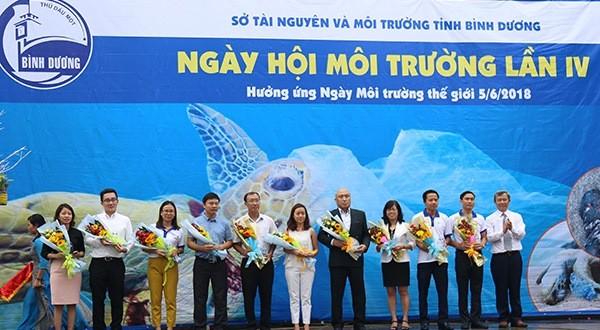 Tôn vinh 40.000 'dũng sĩ nhí' tham gia bảo vệ môi trường - ảnh 1