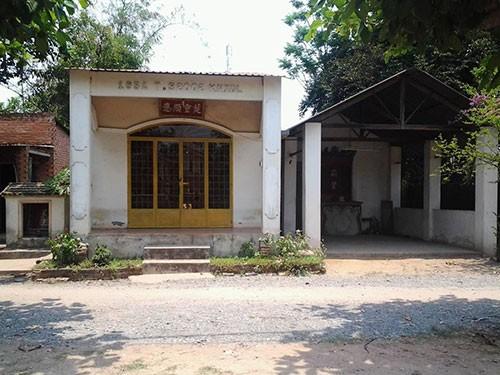 Kỳ lạ ngôi miếu thờ 'bà' rắn ở Đồng Nai - ảnh 2