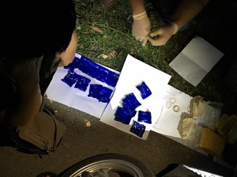 Ngọc nữ mang 4.000 viên ma túy chưa tới Đông Hà thì bị tóm - ảnh 1