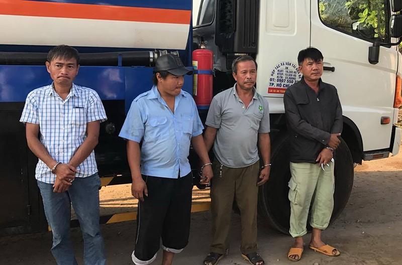 Bộ Công an bắt hơn 30 người rút ruột xăng dầu - ảnh 2