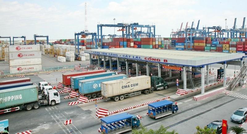 Cảng Cát Lái thu 'phí chống ùn tắc' 50.000 đồng/giờ - ảnh 1
