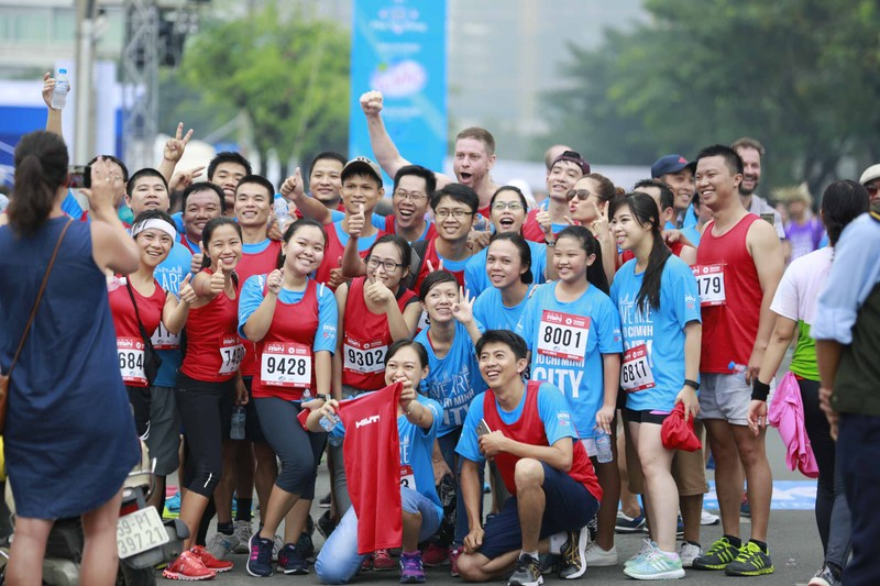 HCMC Marathon 5 - Chạy kết nối gia đình và cộng đồng - ảnh 1