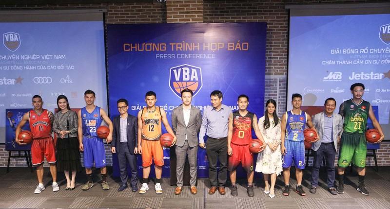Việt Arnold bỏ ngỏ suất dự giải bóng rổ chuyên nghiệp VN 2018 - ảnh 2